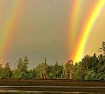 Un quadruple arc-en-ciel annonçant des changements planétaires
